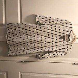 Dresses & Skirts - Like new boutique dress